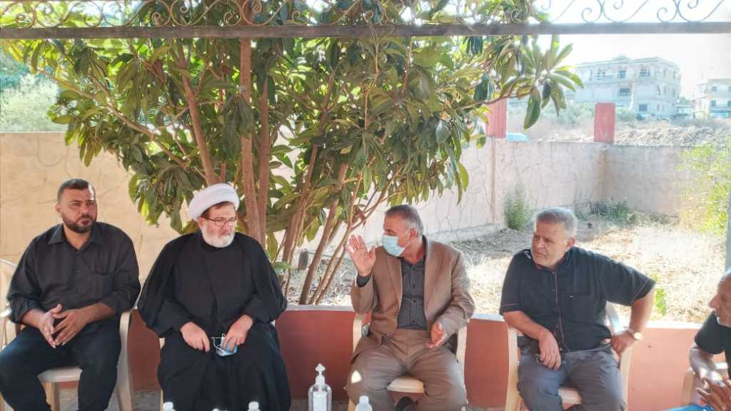 الشيخ البغدادي يُقدّم واجب العزاء في بلدة حاروف بالشهيد المظلوم محمد عطوي