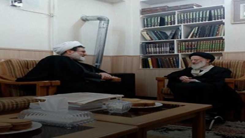 الشيخ البغدادي يُعزّي آية الله العظمى السيد الزنجاني بمناسبة وفاة شقيقته
